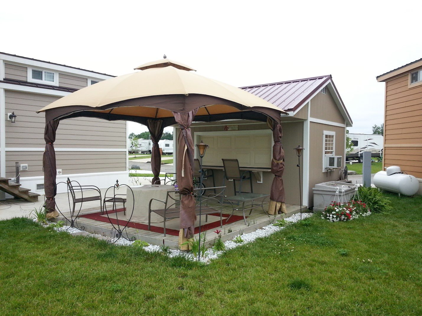 outdoor hangout bar shed in ohio
